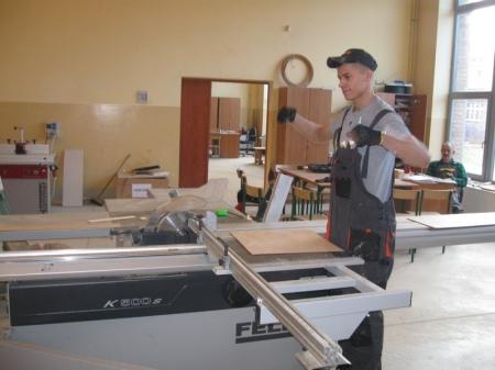 Pracownie obróbki drewna