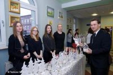 Prezentacja ozdób świątecznych w Starostwie Powiatowym