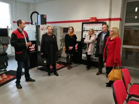 Wizyta przedstawicieli lokalnych koncernów Bridgestone i Klippan.